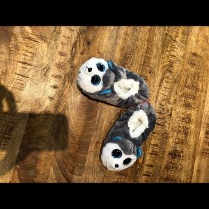 Cute slippers unisex size1 to 3